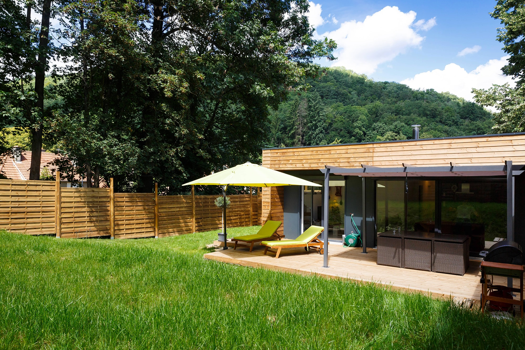 maison ossature bois dans la nature